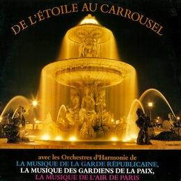 DE L'ÉTOILE AU CAROUSSEL